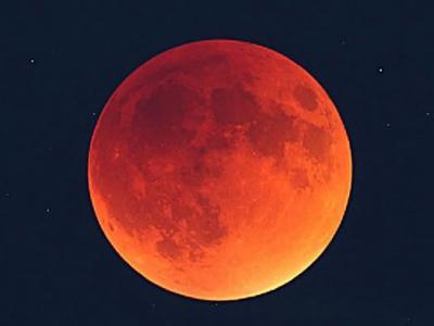 超级满月明晚出现 月球85年来最接近地球