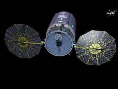 NASA用放火研究太空交通安全