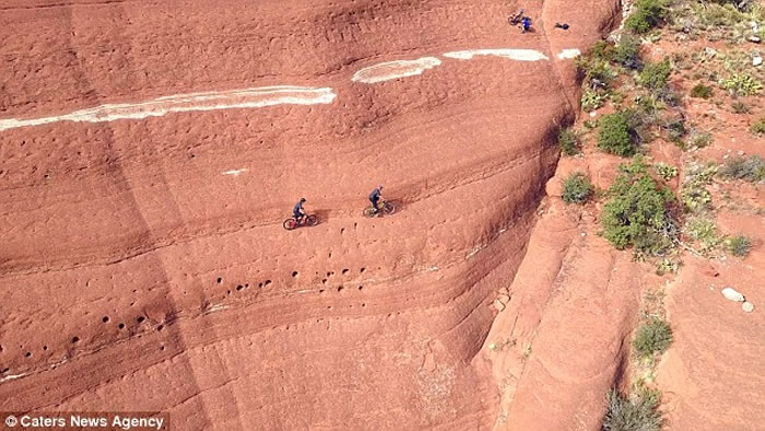 """美国亚利桑那州塞多纳的著名景点""""白线""""吸引一众单车手挑战"""