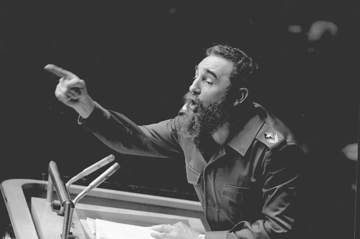 1979年10月,卡斯特罗以古巴总统身份在联合国发言,尽显霸气。