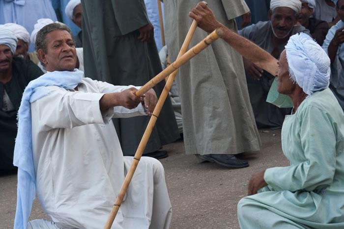 """""""棍舞""""是埃及古代流传下来的文化。"""
