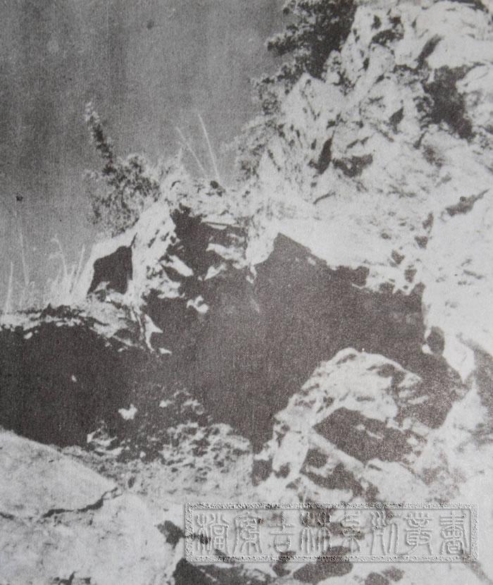 """""""安图人""""洞穴"""