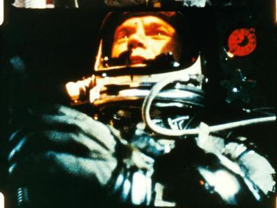 美国第一位在太空绕行地球轨道的宇航员John Herschel Glenn辞世