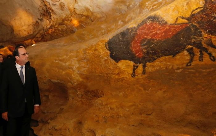 """法国史前洞穴壁画""""拉斯科洞窟4号""""(Lascaux 4)复制展览馆揭幕"""