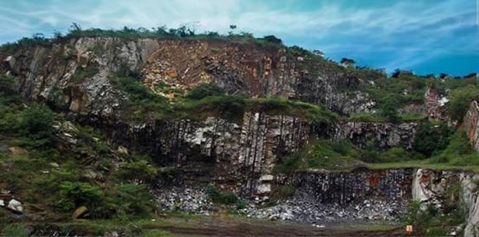 巢湖马家山巢湖龙动物群化石产地