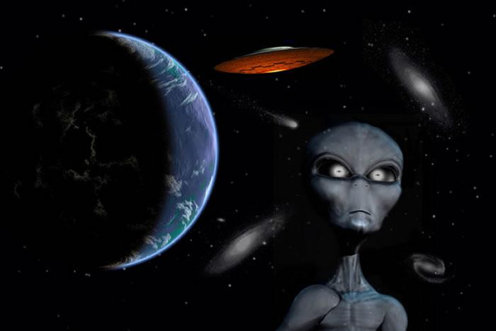 人类在10年前首度发现来自外太空的神秘电波,怀疑可能是外星人发出的讯号。