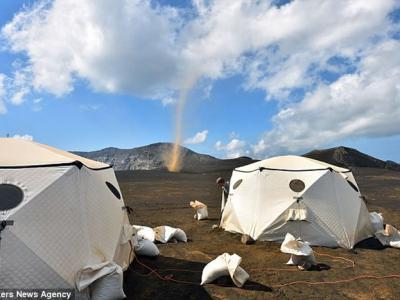 大洋洲国家瓦努阿图龙卷风席卷露营胜地马鲁姆火山口