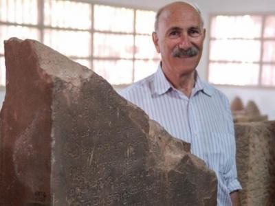 柬埔寨国家博物馆展出公元683年石刻 阿拉伯数字可能并非源自欧洲或中东
