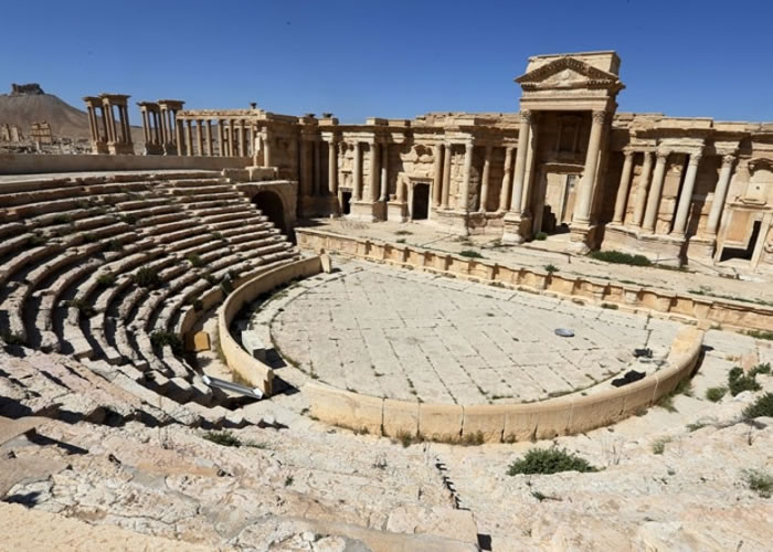 官员证实,巴尔米拉的罗马圆形剧场(图)已遭IS破坏。