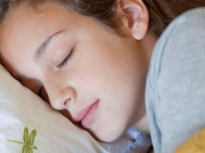 外国公司推出智能音乐枕头Dreampad 骨传导技术乐声直入耳中