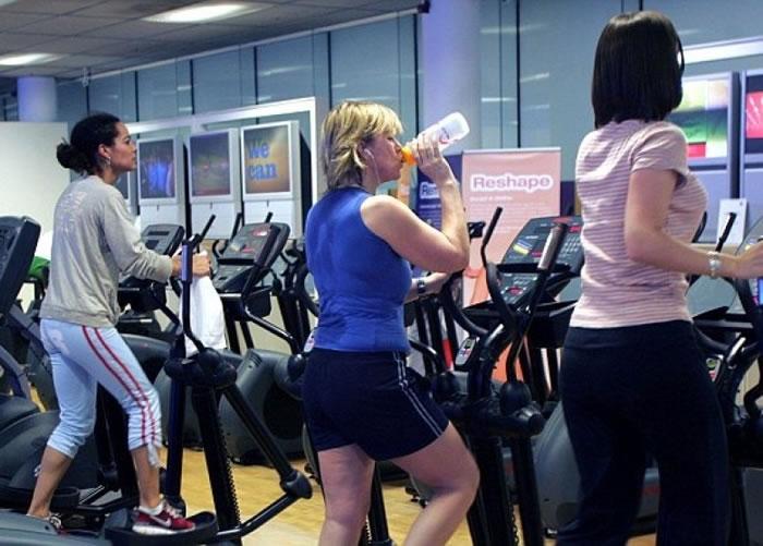 于月经周期时做运动,肌肉会比一般时候更易锻练。