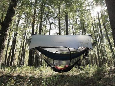 美国公司新推出露营吊床 户外活动良伴