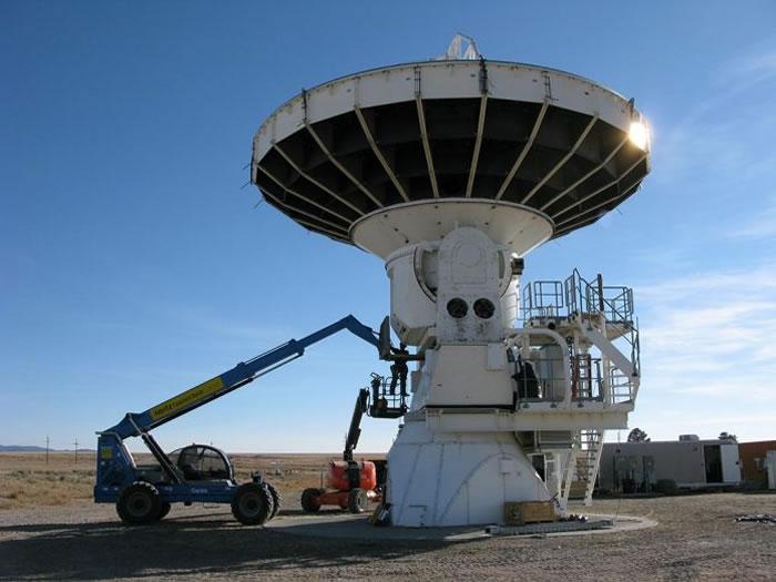 由中研院天文所主导的团队与中科院工程技师团协同合作,天线(即望远镜)拆解后将运往格陵兰,于该地再重新组装,以特长基线干涉的方法做次毫米波段的天文研究观测。在那之