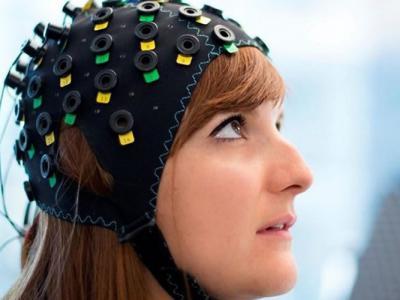 """瑞士科学家研""""读心""""装置 与全瘫病人沟通"""