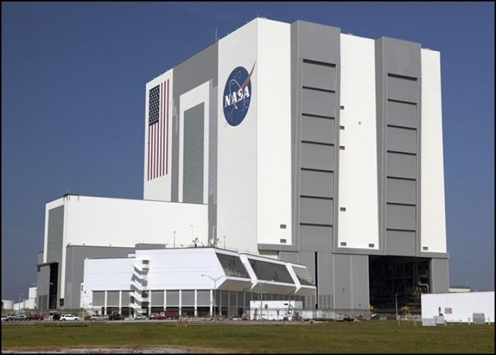 "NASA强调""2016 WF9""对地球不构成威胁。"