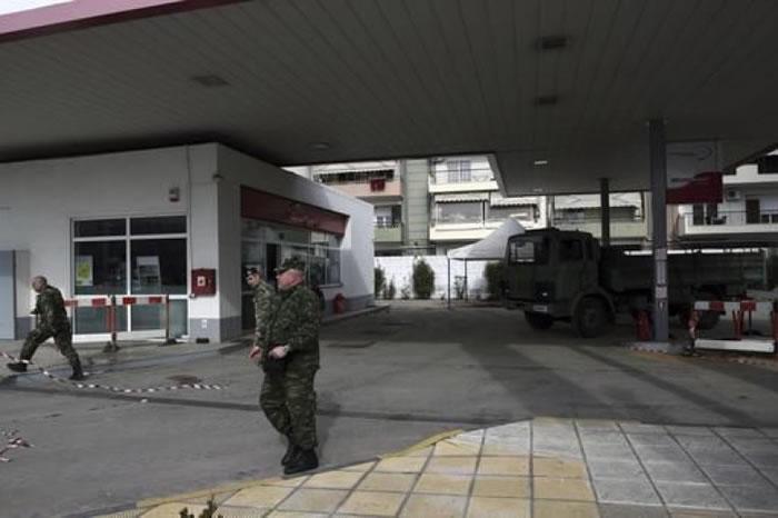 发现炸弹的加油站。