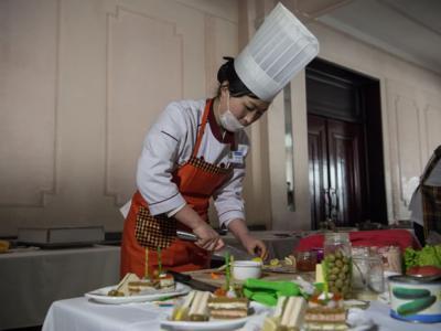 朝鲜举办第7届全国厨艺大赛纪念已故领导人金正日75岁冥寿