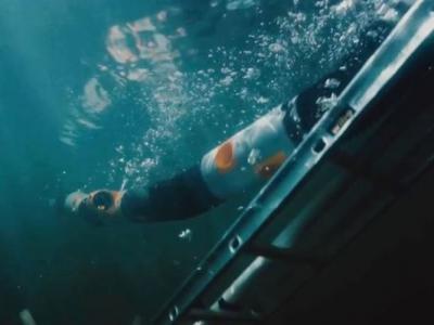 """挪威机器人公司成功研发出""""摇控海蛇机器人"""" 检查海底输油管"""