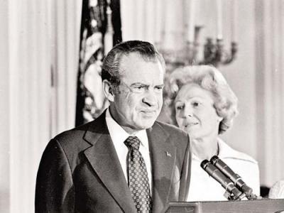 1973年美国FBI副局长Mark Felt爆料揭发水门事件