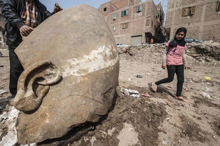 2017年3月9日,在埃及开罗玛塔利亚区(Matareya)的赫里奥波里斯(Heliopolis)考古遗址,由德国和埃及联合考古学家团队发现了可能是拉美西斯二世