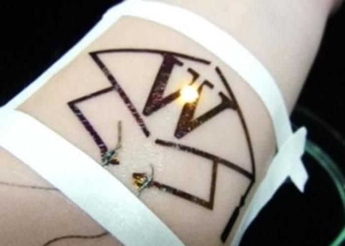 """新技术利用喷墨打印机印制""""纹身""""。"""