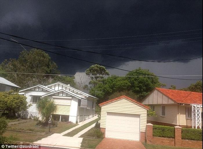 龙卷风袭击澳洲布里斯班