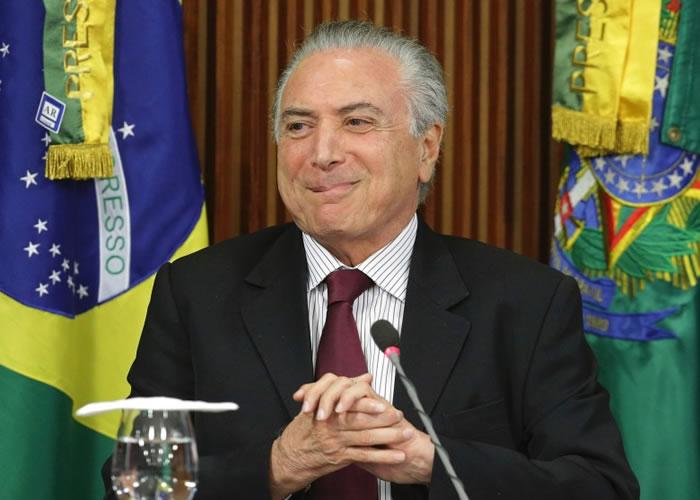 特默保证巴西肉类仍可安心食用,并承诺彻查事件。