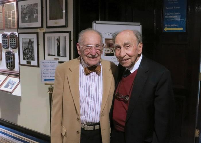 布里亚(右)辞世,享年101岁。