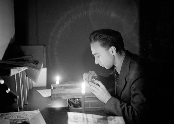 布里亚当年率先报道纳粹德军投降消息。