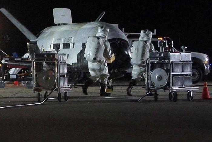 美国空军太空飞机X-37B已绕行地球轨道678天 打破最长轨道飞行纪录