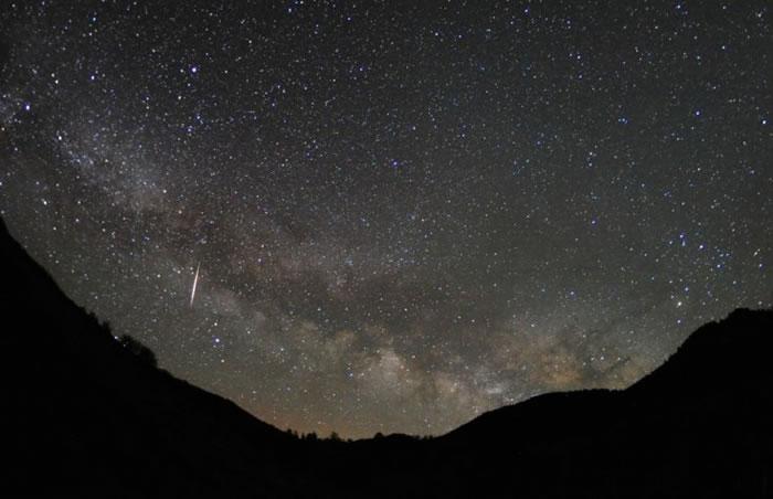 2017年4月22日天琴座流星雨极大期