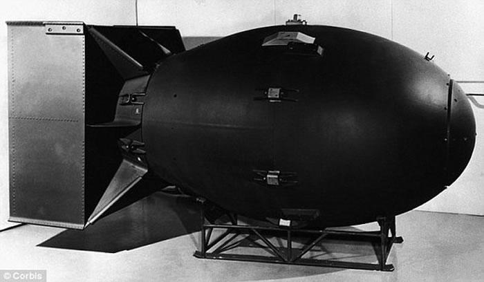 美国为了在冷战里凌驾苏联,曾考虑在月球上引爆核弹!