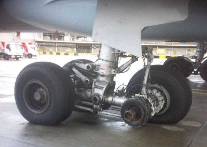"""加拿大航空公司发生""""轮胎飞脱""""事件。"""