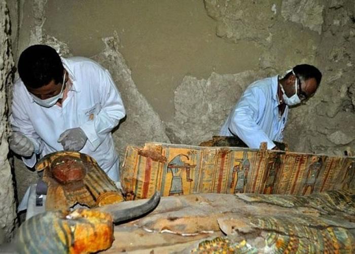 德拉阿布纳加古墓尚未被完全发掘。