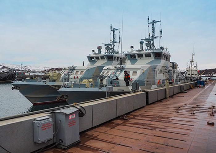 俄罗斯舰艇示意图,图为21980飞弹艇。