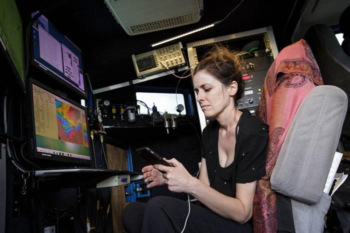 由货车改装的雷达车用来在风灾地区收集数据,以便制作分析龙卷风结构模型之用。