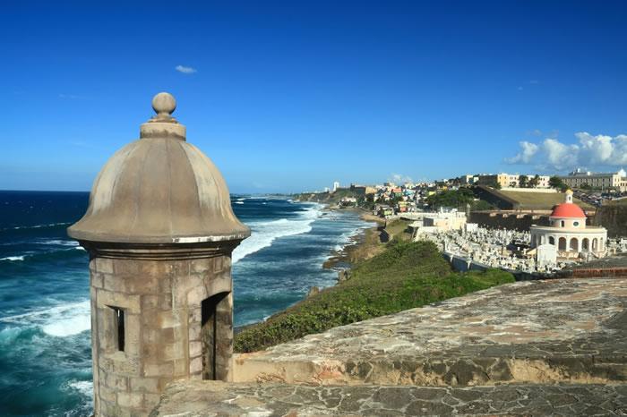 迷失在圣胡安旧城迷人的历史中。