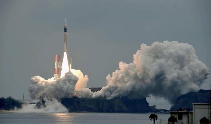 火箭在种子岛宇宙中心发射。