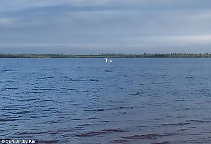 俄罗斯布尔斯克的康托湖惊现神秘水怪?
