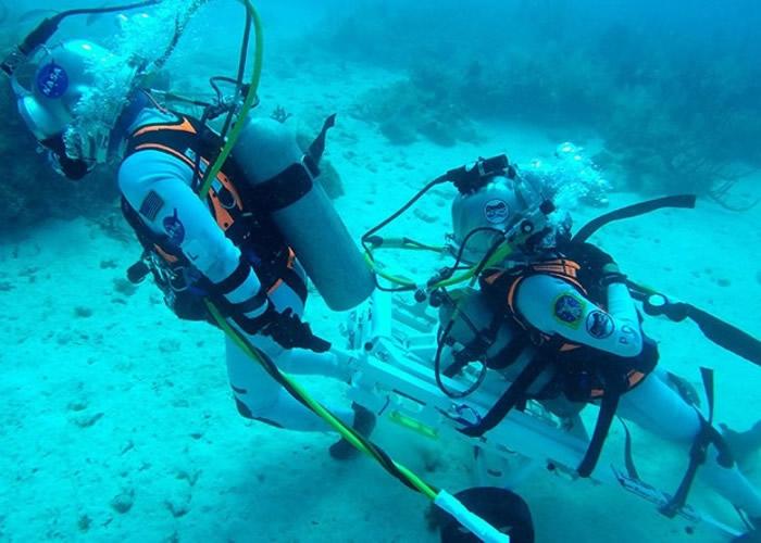 """欧洲太空总署宇航员海底生活10日 测试新开发的""""月球撤离系统装置"""""""