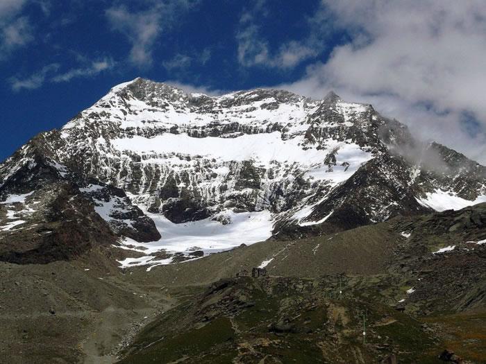 瑞士警方在拉金霍恩山寻回失踪多年的行山客尸体。(资料图片)