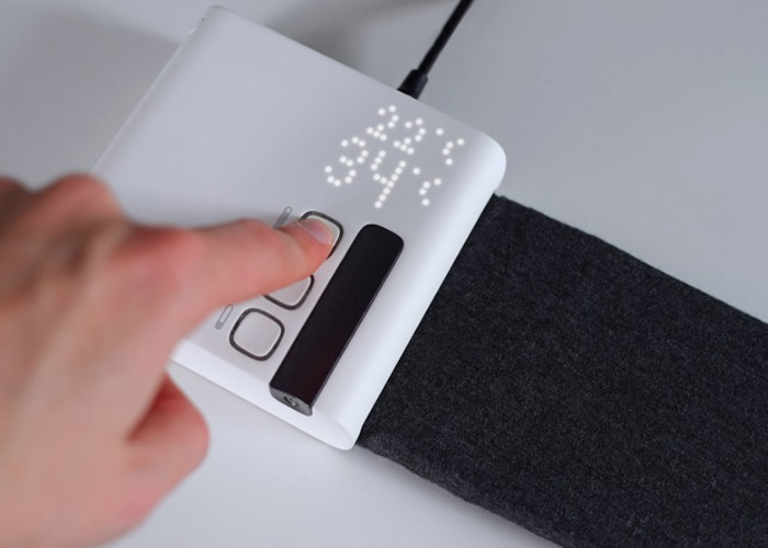 软垫采用半导体制冷及制热技术。