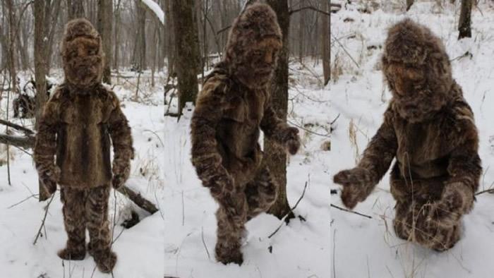 """美国北卡罗莱纳州民众声称在山上遇见""""大脚怪"""" 男子称是自己穿上动物毛皮"""