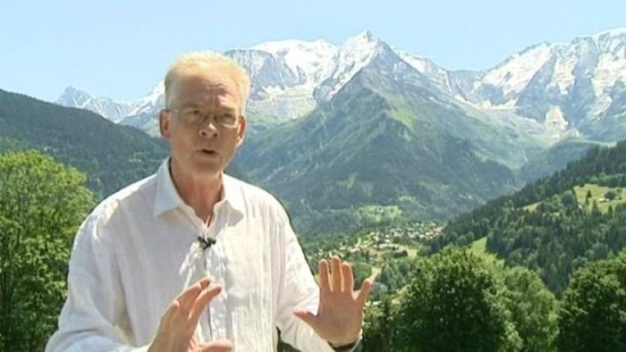 市长佩勒斯拟对装备不足爬山者检控和罚款。