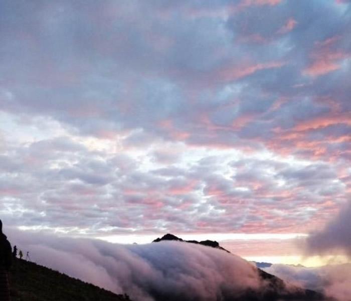 二郎山位于四川盆地西缘的雅安市天全县境内。