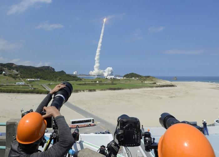 今次发射的卫星将与美国GPS信号互补,提高定位的精准度。