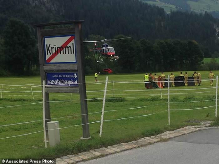 登山客集体滑落 奥地利阿尔卑斯山山难周末死8人