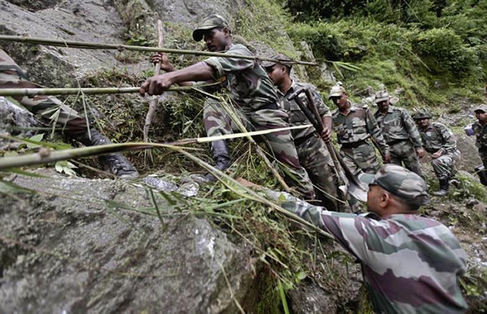 印度军队进锡金