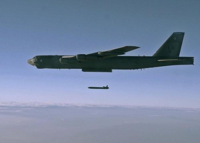 LRSO将取代AGM-86B型空射巡航导弹(图)。