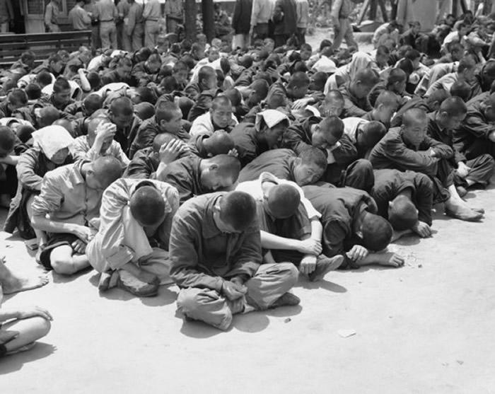 被俘虏的朝鲜士兵。
